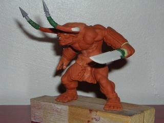 Figurine minotaure / gally (gunnm) / tortue ninja - Page 3 Dscn5310