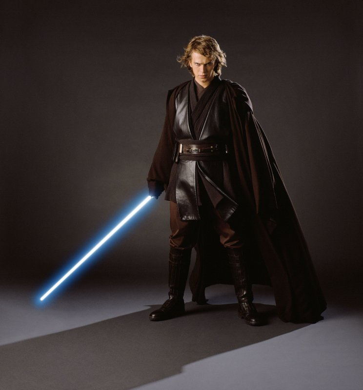 une statuette Anakin Skywalker (seigneur sith) News_e10