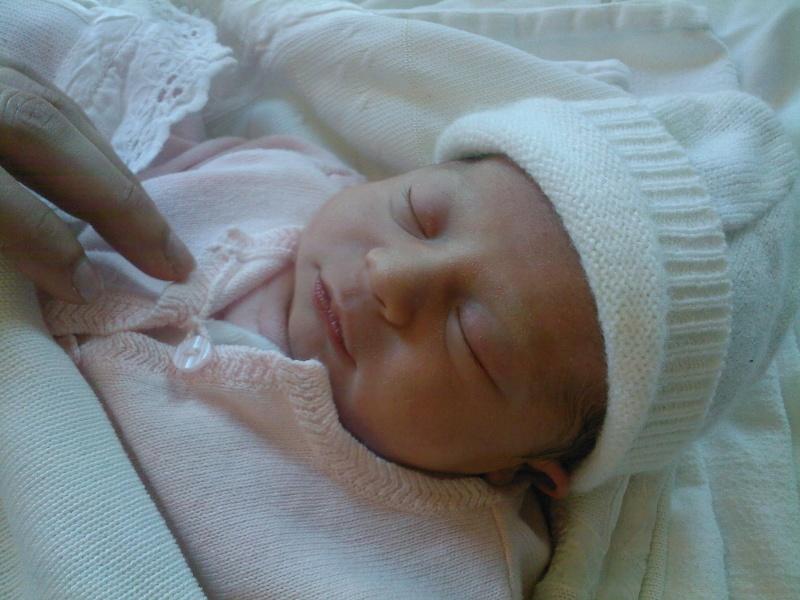 ma petite niece Julia est née Sp_a0010