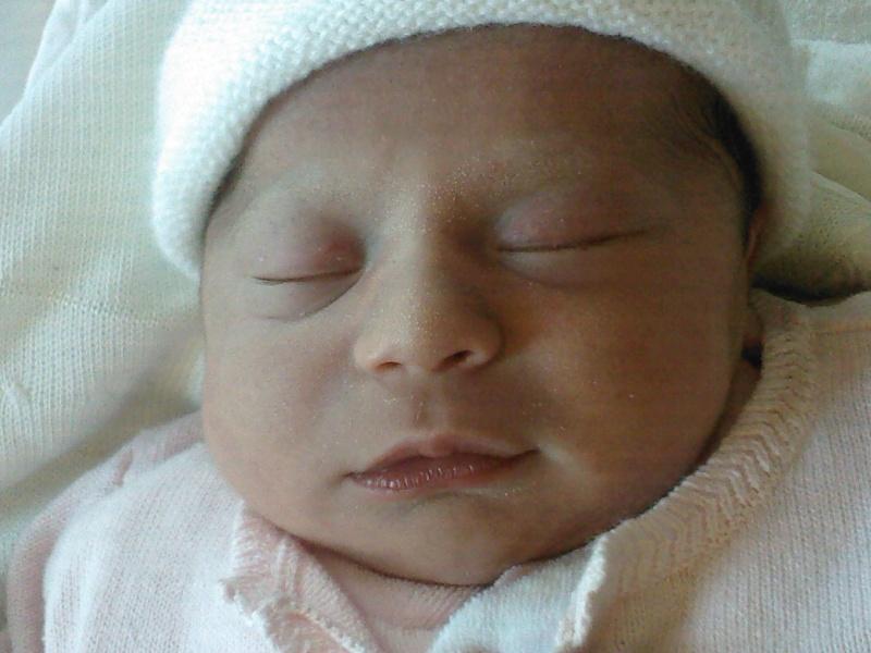 ma petite niece Julia est née Sp_a0011