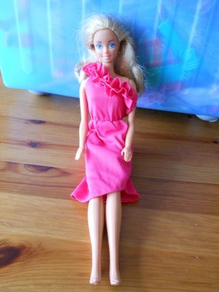 La collection de Barbies de Fairiescake :)  27_bar10