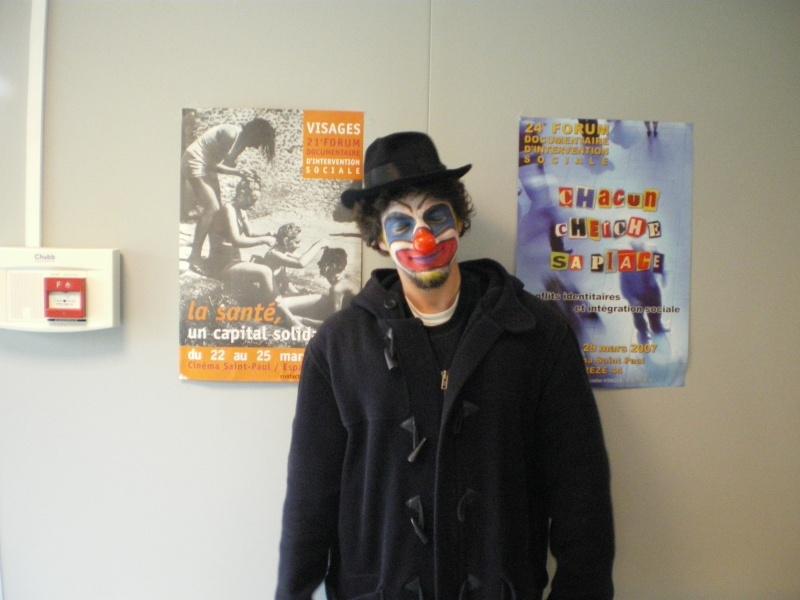 3 avril 2008 des clowns dans les rues d'Angers Imgp0246
