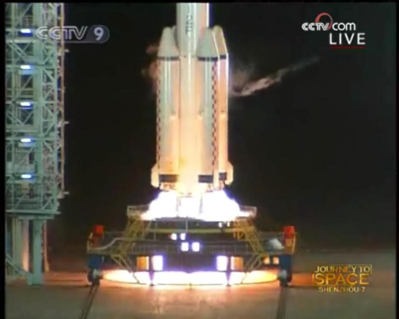 [Shenzhou VII] Le lancement - Page 3 Shenzh12