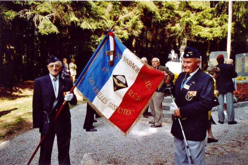 3 octobre 2010 - 66e anniversaire des combats des Vosges du 1er RCP Vielle10