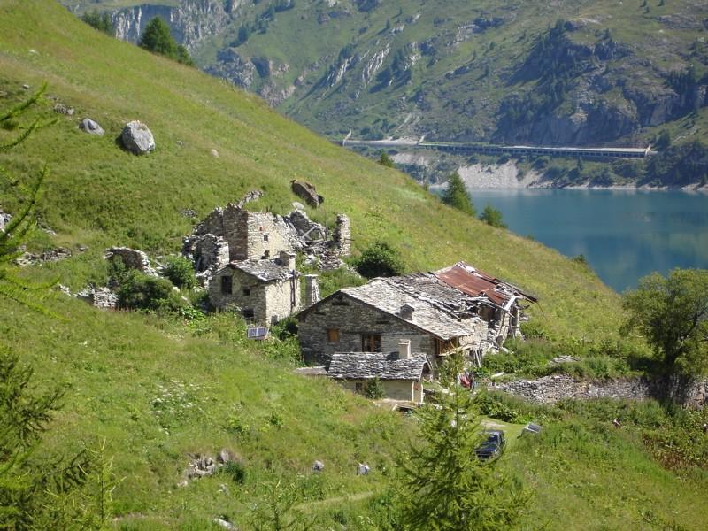 Les villages de Tignes - Page 2 Dsc03113