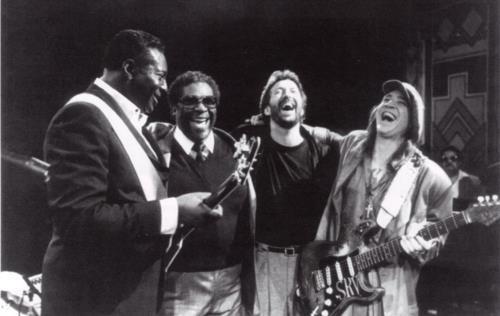Les 1000 visages d'Eric Clapton - Page 3 38907510
