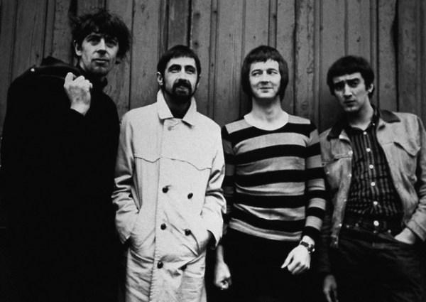 Les 1000 visages d'Eric Clapton - Page 2 42-16510