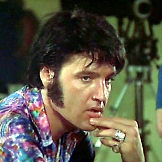 Elvis Presley Candid10
