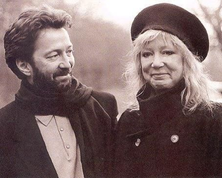 Les 1000 visages d'Eric Clapton - Page 3 Eric_c11