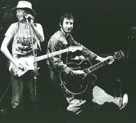 Les 1000 visages d'Eric Clapton - Page 2 P11