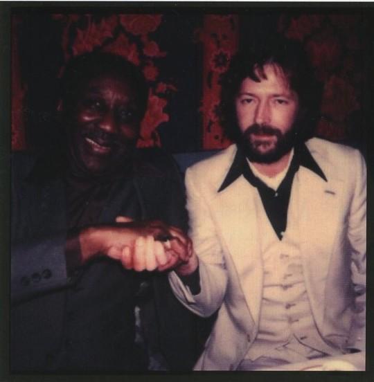 Les 1000 visages d'Eric Clapton - Page 2 Sans_t45