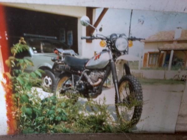 racontez vos anciennes ( jusque années 80/85 ), mobs ou motos 350_xt11