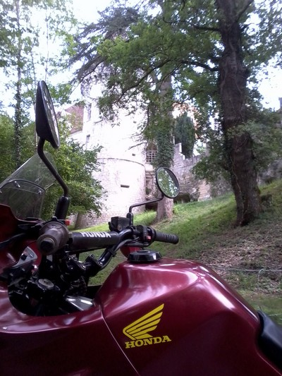 j'y vais aussi a moto .... Photo055
