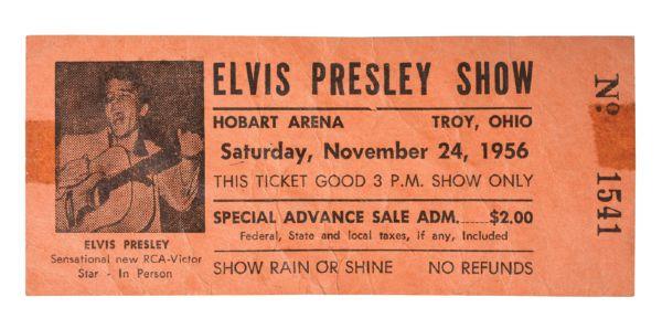 Elvis Presley - Page 4 24_nov10