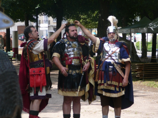Artisans d'histoire à Autun - Juillet 2011 P1200915