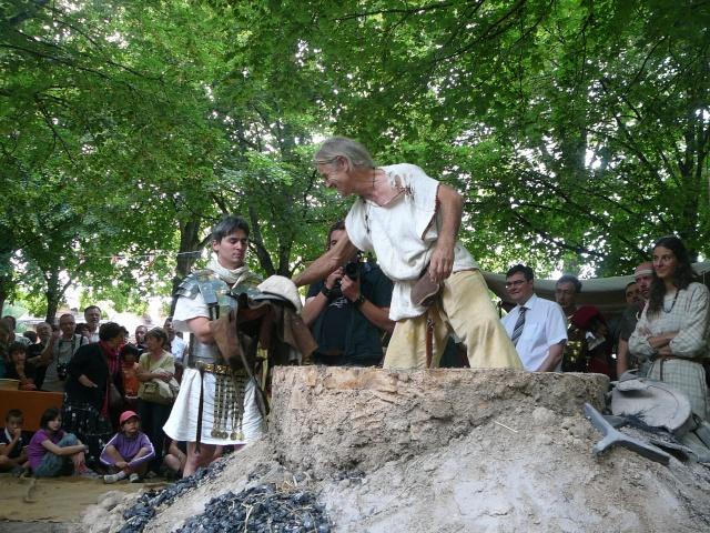 Artisans d'histoire à Autun - Juillet 2011 P1210012