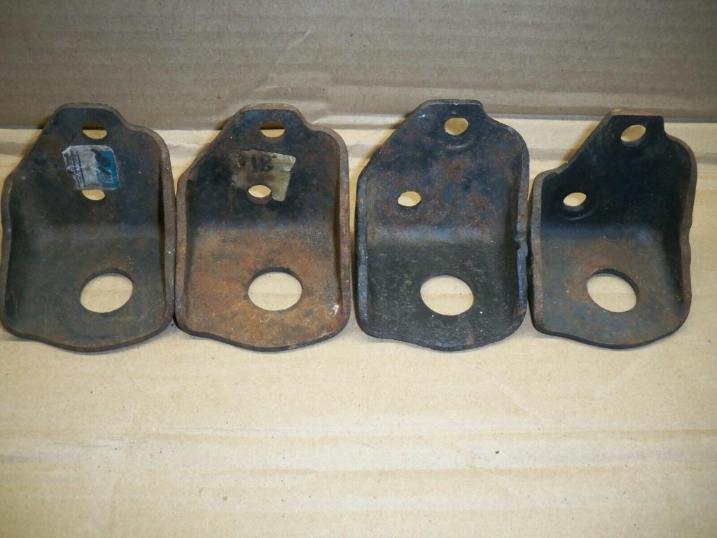 RECHERCHE Support de moteur avant pour un Chevy 1957 6 cyl S-l16010