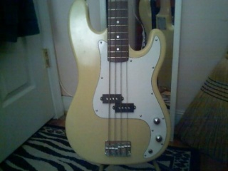 Fender Precision Bass for Sale  7820_110