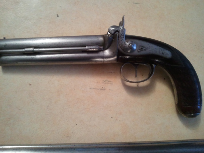 quelqu'un à une idée. Pistol11