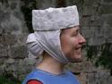 FEMME : Tenues vestimentaires XIIème et XIIIème siècles Cale_e10
