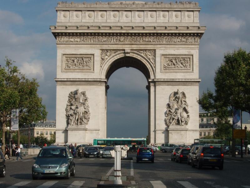 Paris P8310310