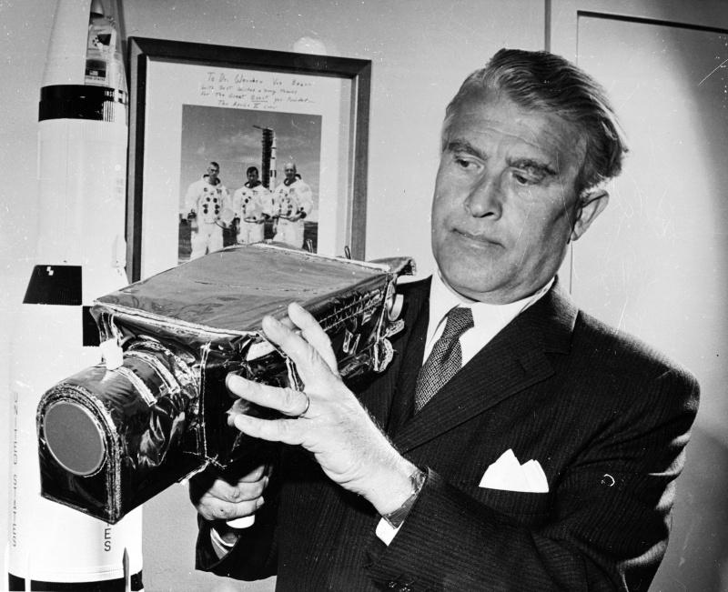 Wernher von Braun (1912-1977) 00006911