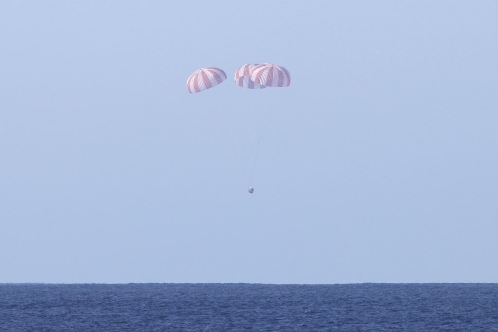SpaceX / COTS-2: Lancement et suivi de la mission. - Page 24 20101210