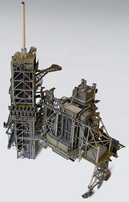 [maquette papier] Shuttle launch complex 1/144 Kgrhqr11
