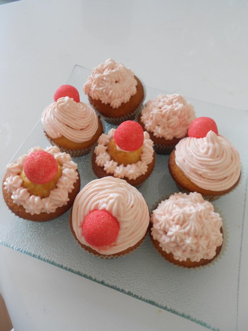 Cupcakes : recettes et décors simples - Page 4 Dscn0210