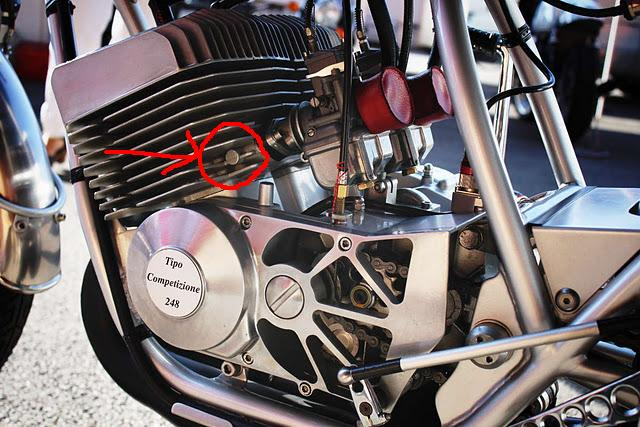 benelli 250 2c ou moto guzzi 250 ts 1974 Benell10