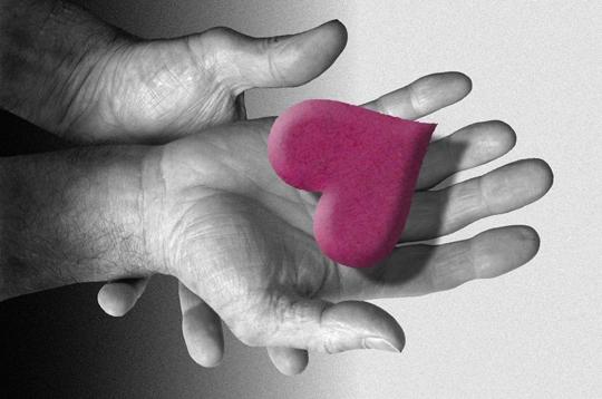 ya des forumeurs qu'ont le coeur  sur la main Coeur-10