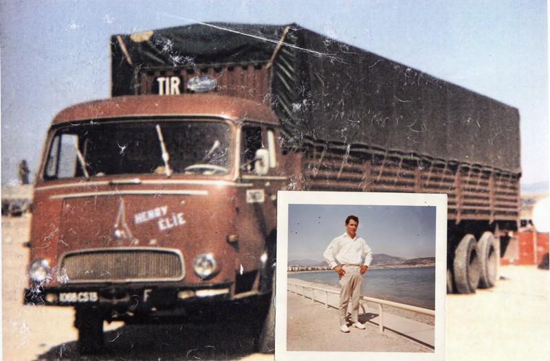 Des photos de camions bétaillères à moutons et d'autres photos de camions aussi conduit par Henry Elie . Elie2065