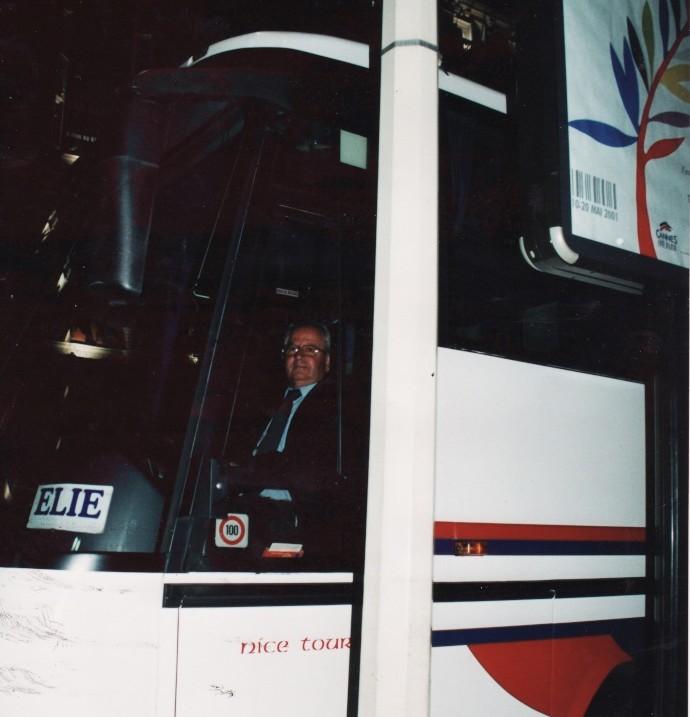 Cars et Bus de la région Paca - Page 2 Img_0373