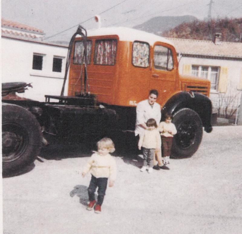 Des photos de camions bétaillères à moutons et d'autres photos de camions aussi conduit par Henry Elie . Img_0483