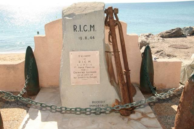 Henry Elie un ancien du RICM. Img_3313