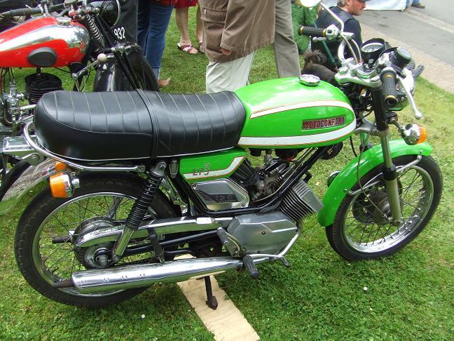 Photos des motos vues ou rencontrées sur la route ! Caux2060