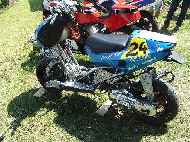 Photos des motos vues ou rencontrées sur la route ! Dscf5232