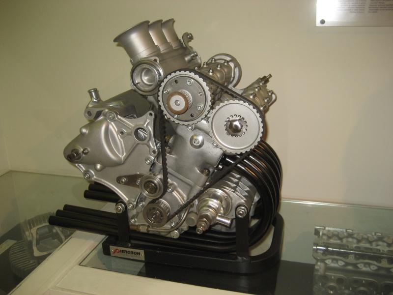 les plus beaux moteurs - Page 3 11-06-61