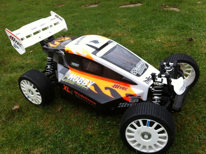 Ma nouvelle carrosserie RRV4 2012 Img_1610