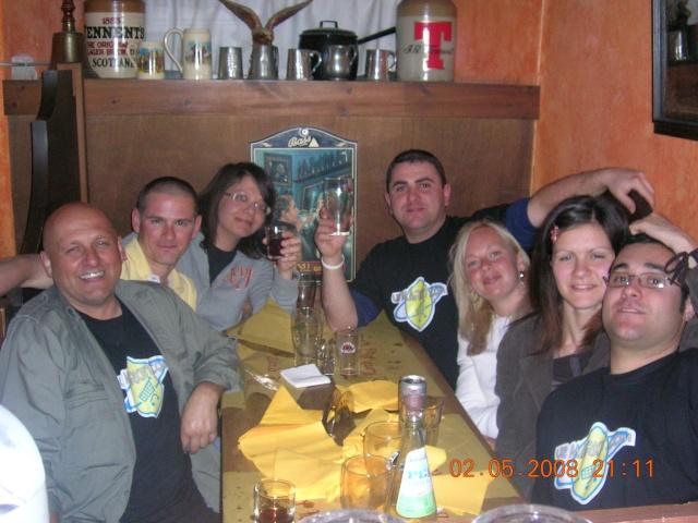 02.05.2008 Primo mini raduno U2MARKET al Land Lord Pub in quel di Sarzana....... - Pagina 2 Immagi16