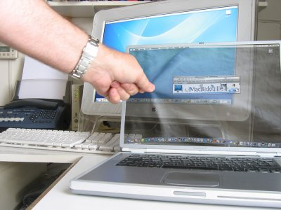 Apple's computers screen(laptop) Apple_12