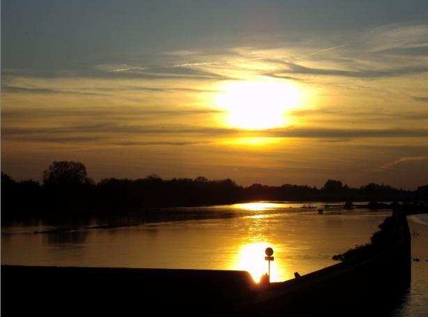 La Loire un soir d'automne Screen20