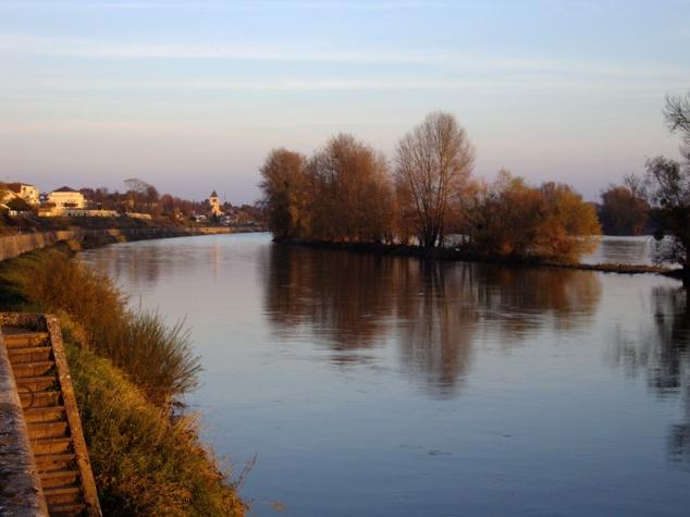La Loire un soir d'automne Screen58