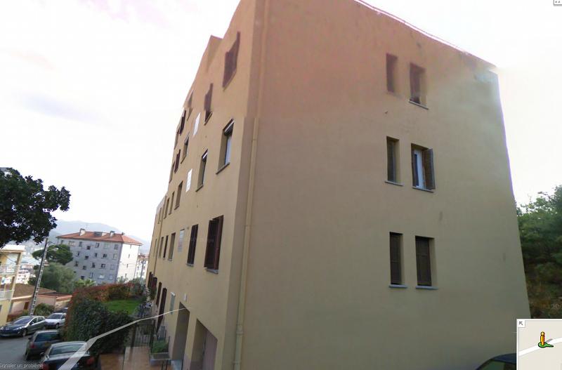 Quel bâtiment est le plus laid, selon vous? - Page 12 Parisb10