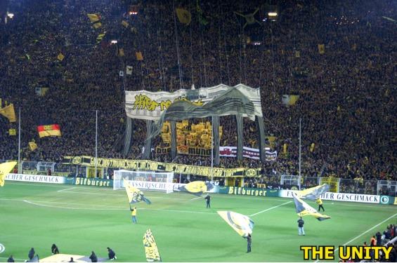 Tifos - Zone UEFA Pict0019