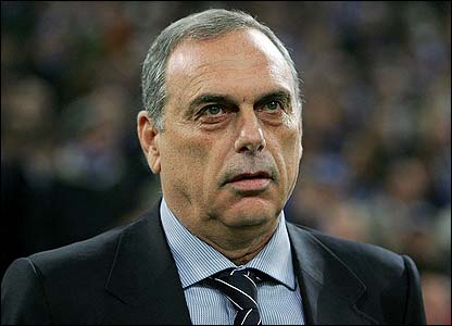 twins - separated at birth? Avram10