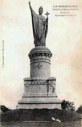 Le Pape URBAIN II Statue10