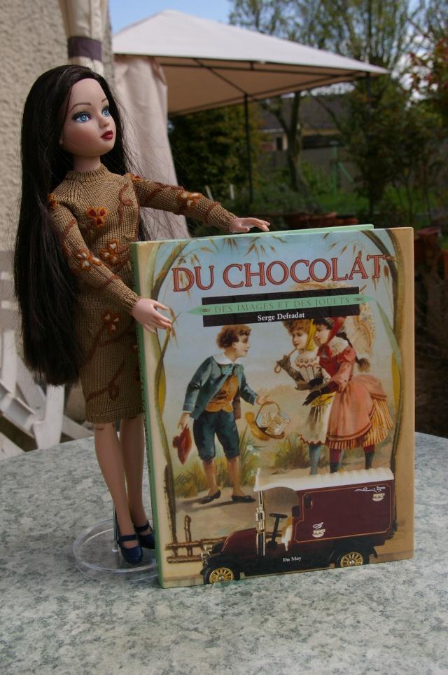 """THEME DU MOIS D'AVRIL 2012 : ELLO et les Animaux, ou la couleur """"Chocolat""""  - Page 3 Imgp2125"""