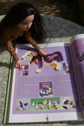 """THEME DU MOIS D'AVRIL 2012 : ELLO et les Animaux, ou la couleur """"Chocolat""""  - Page 3 Imgp2127"""