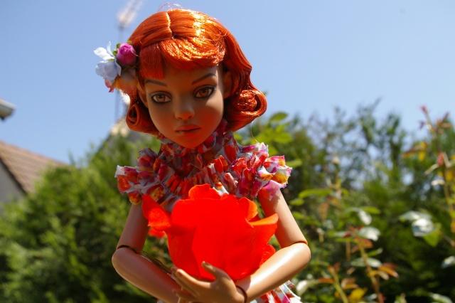 Lisette et ses copinettes découvrent  les fleurs de gigi Imgp2421